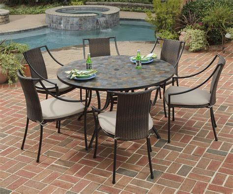 Outdoor Table And Chair Ideas