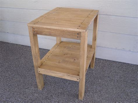 Outdoor Wooden End Table Plans