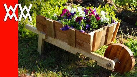 Outdoor Woodworking Planter Projects