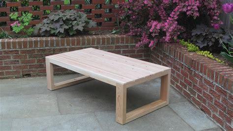 Outdoor-Cedar-Coffee-Table-Plans