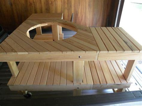 Outdoor-Corner-Table-Plans