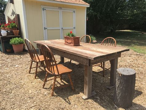 Outdoor-Farm-Table-With-Bench