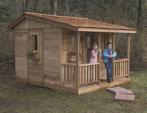 Outdoor-Playhouse-Design-Plans
