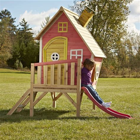 Outdoor-Playhouse-With-Slide-Plans