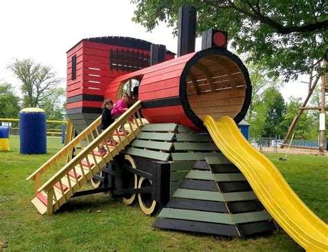 Outdoor-Train-Playset-Plans
