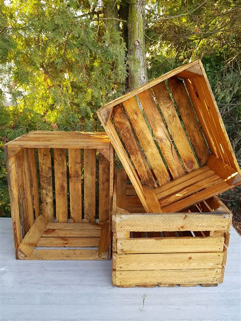 Outdoor-Wood-Crate-Projects