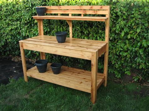 Outdoor-Work-Table-Plans