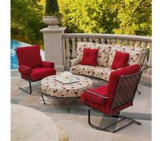 Best Outdoor garden furniture with red cushions