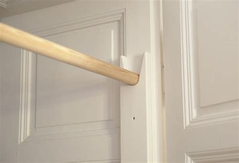 Over-Door-Pull-Up-Bar-Diy