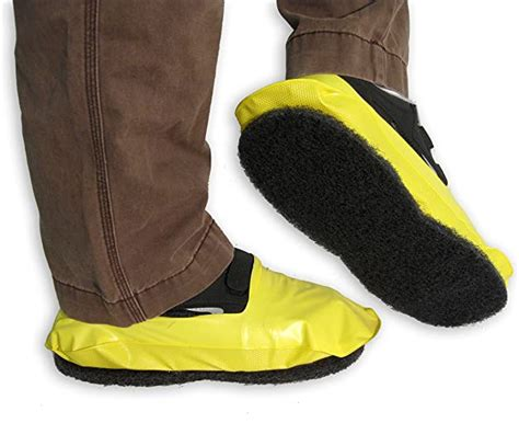 PAWS Disposable Vinyl Shoe Covers with Traction Pad