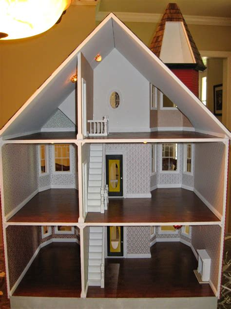 Painted Lady Dollhouse Plans