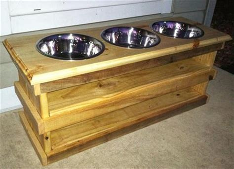 Pallet Dog Bowl Stand Plans