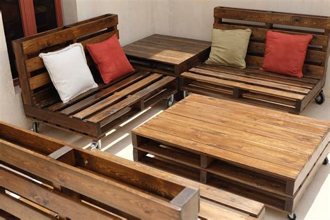 Pallet Outdoor Lounge Plans