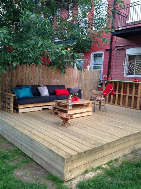 Pallet Patio Projects