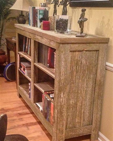 Pallet Shelves Diy White
