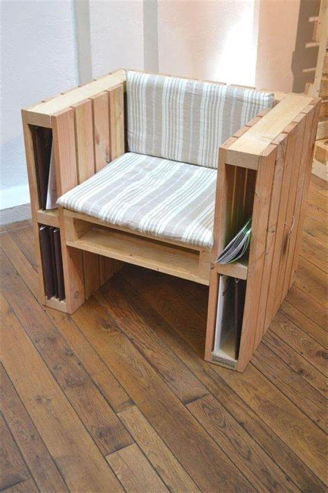 Pallet Wood Chairs Diy