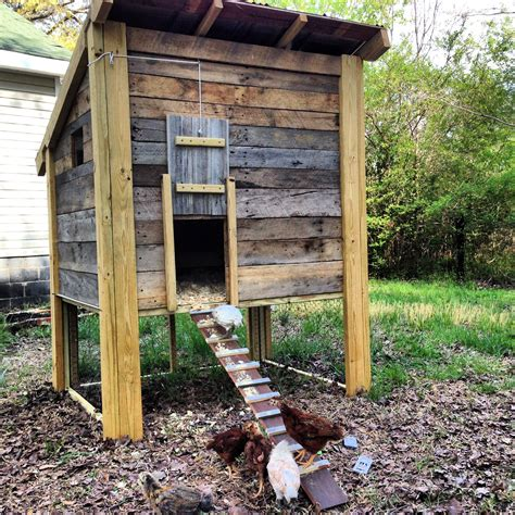 Pallet Wood Chicken Coop Plans