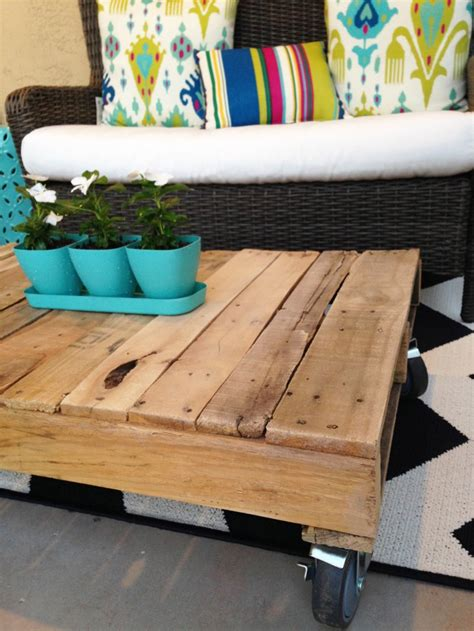 Pallet Wood Coffee Table Diy Projects