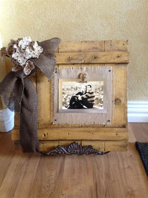 Pallet Wood Picture Frame Diy Designs