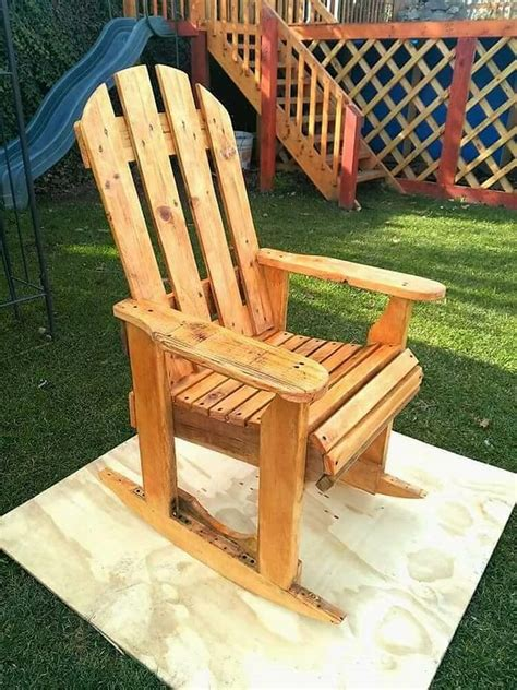 Pallet Wood Rocking Chair Plans
