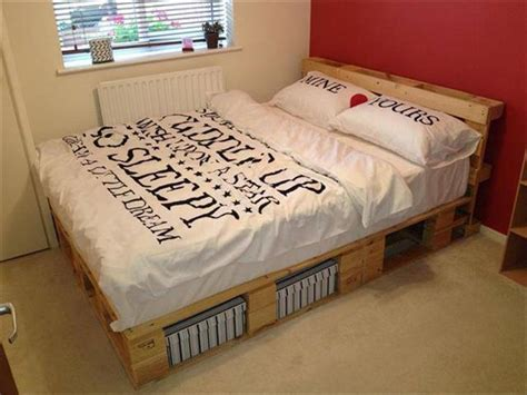 Pallet-Bed-Frame-With-Storage-Plans