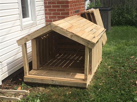 Pallet-Dog-House-Diy