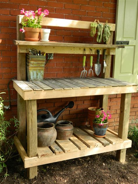 Pallet-Projects-Potting-Table-Plans