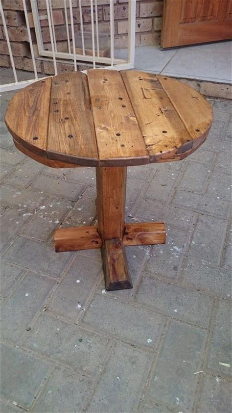 Pallet-Round-Table-Plans