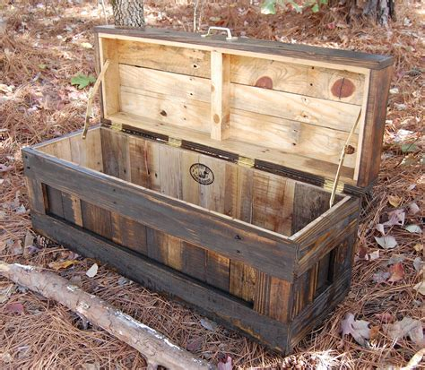 Pallet-Wood-Blanket-Chest-Plans