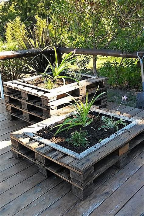 Pallet-Wood-Garden-Projects