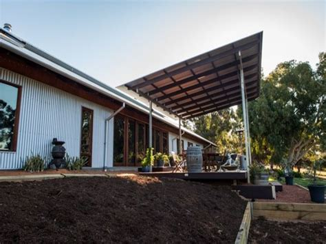 Passive-Solar-Shed-Plans