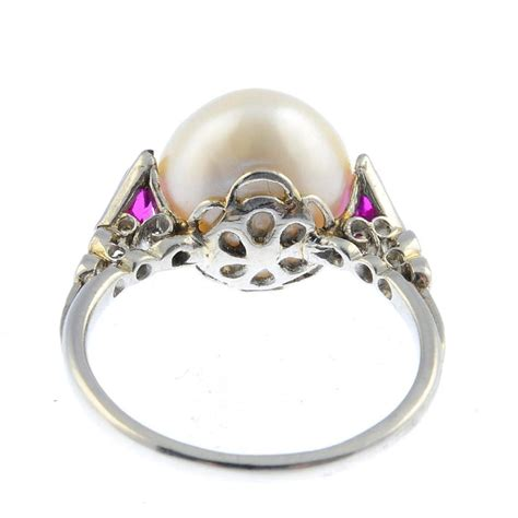 Pearl Jewelry Information