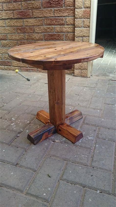 Pedestal End Table Diy Pallet