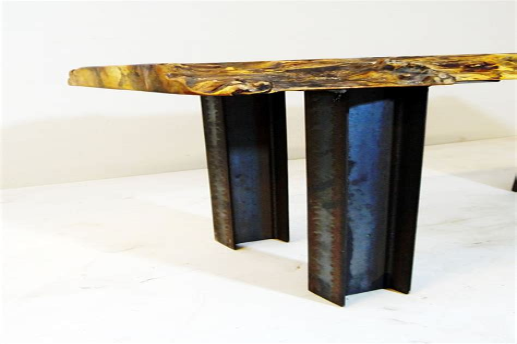 Pedestal-Beam-Coffee-Table-Diy