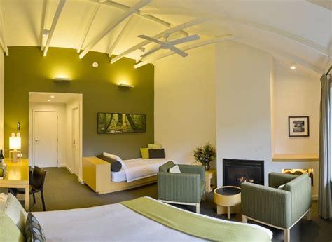 Pencil-Pine-Cabin
