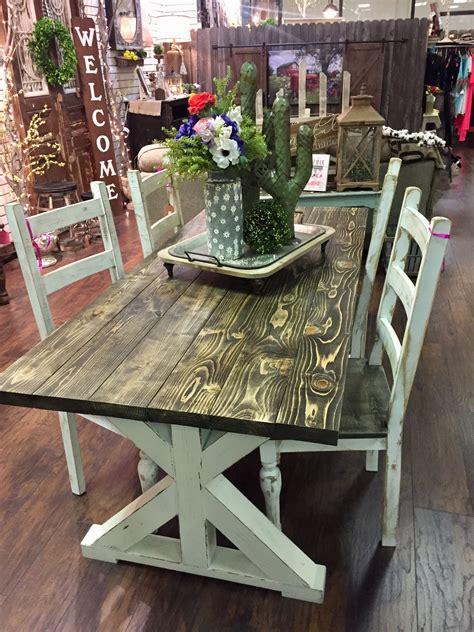 Perfect-Farm-House-Table