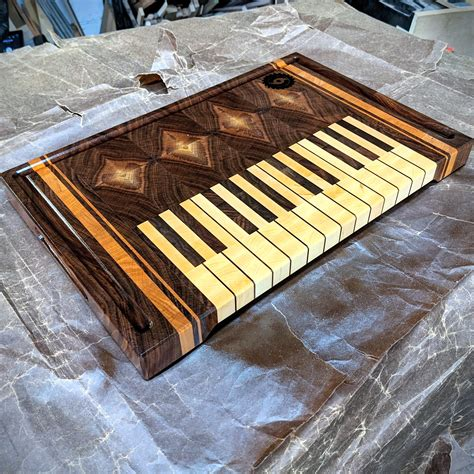 Piano-Keyboard-Cutting-Board-Plans
