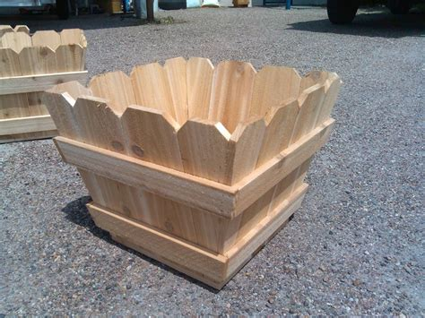 Picket Fence Planter Box Plans
