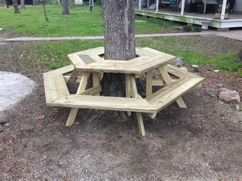 Picnic-Table-Around-Tree-Plans