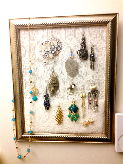 Picture Frame Jewelry Holder DIY