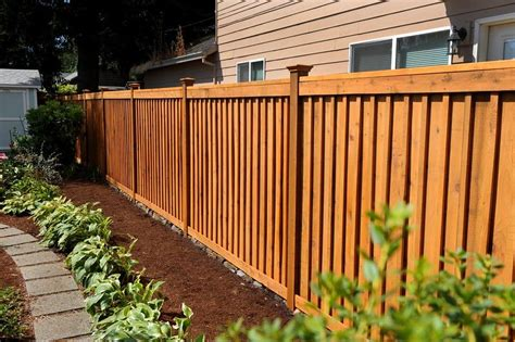 Picture-Frame-Board-On-Board-Fence-Plans