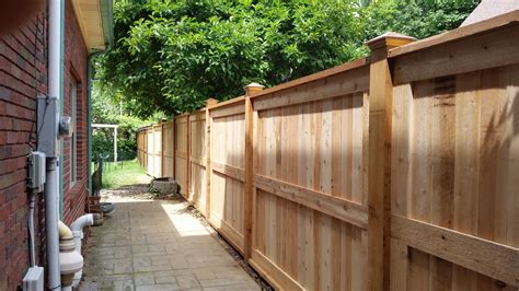 Picture-Frame-Privacy-Fence-Plans