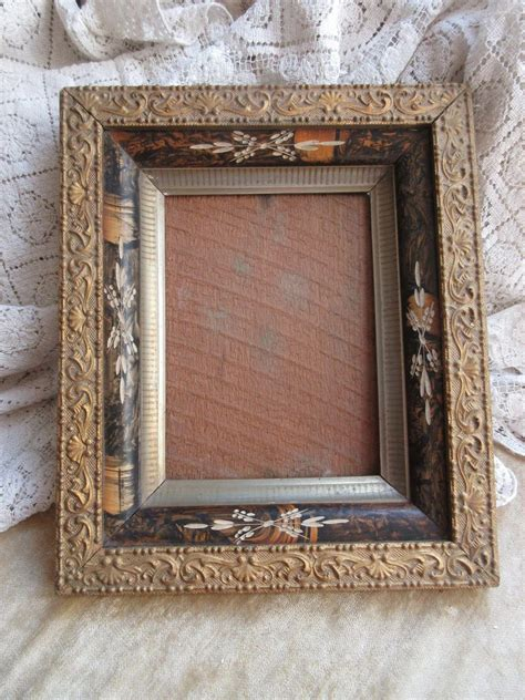 Picture-Frame-Woodworking-Inlay