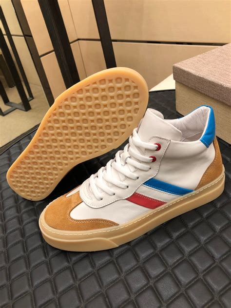 Pictures Of Gucci Sneakers