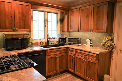 Pictures Of Hickory Wood Cabinets