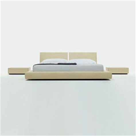 Piero-Lissoni-Plan-Bed