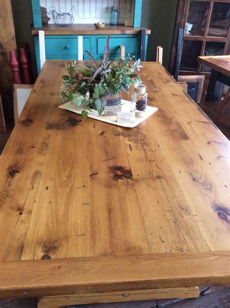 Pine-Wood-Table-Diy