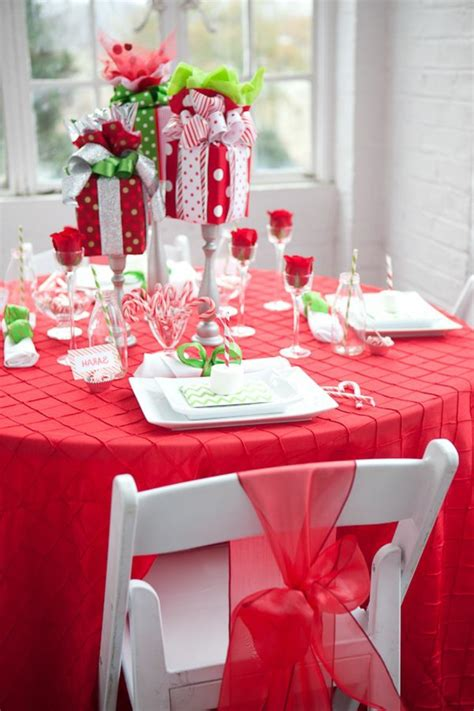 Pinstripe Around Table Diy Favors