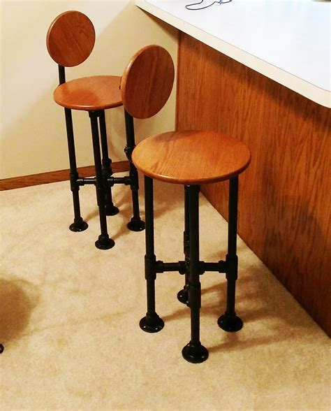 Pipe Barstool Diy