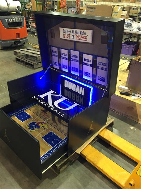 Plans For A Giant Shoe Box